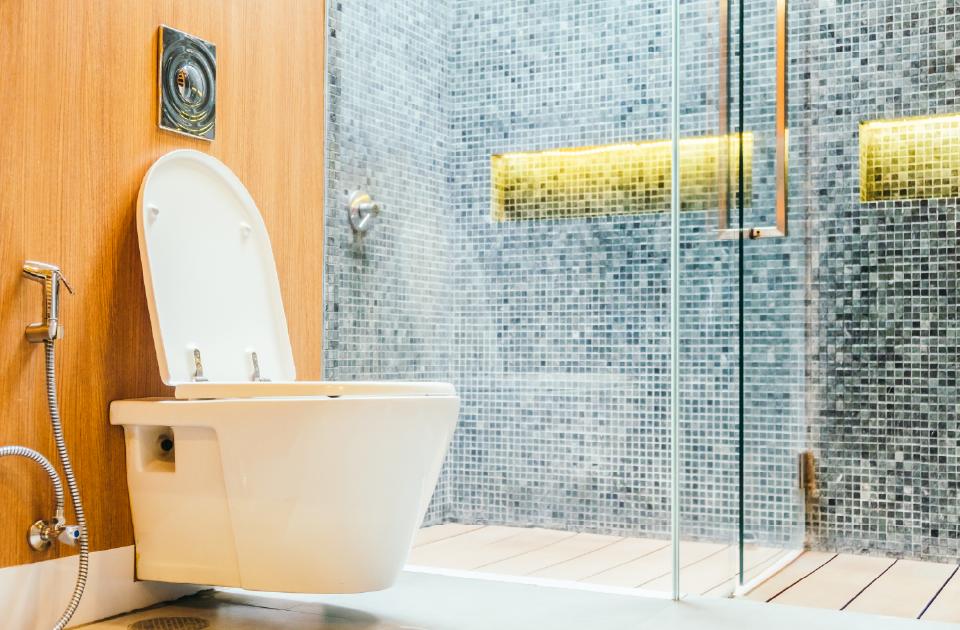 Jak prawidłowo korzystać z toalety?